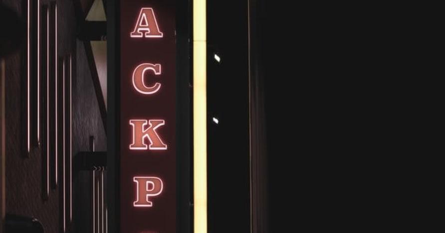 Prøvde og sanne tips for å treffe flere videopoker-jackpotter