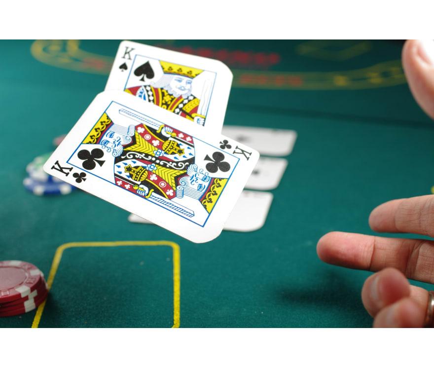 Spill Live Three Card Poker